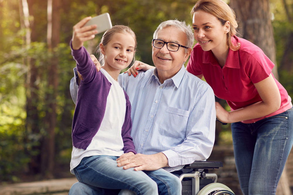 Long-term-Care-resident-with-family